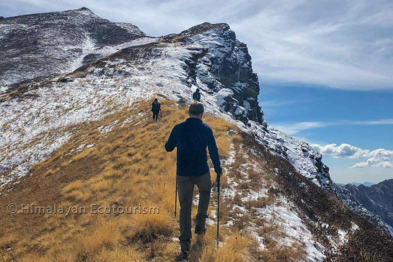 dhel and sainj to tirthan trek