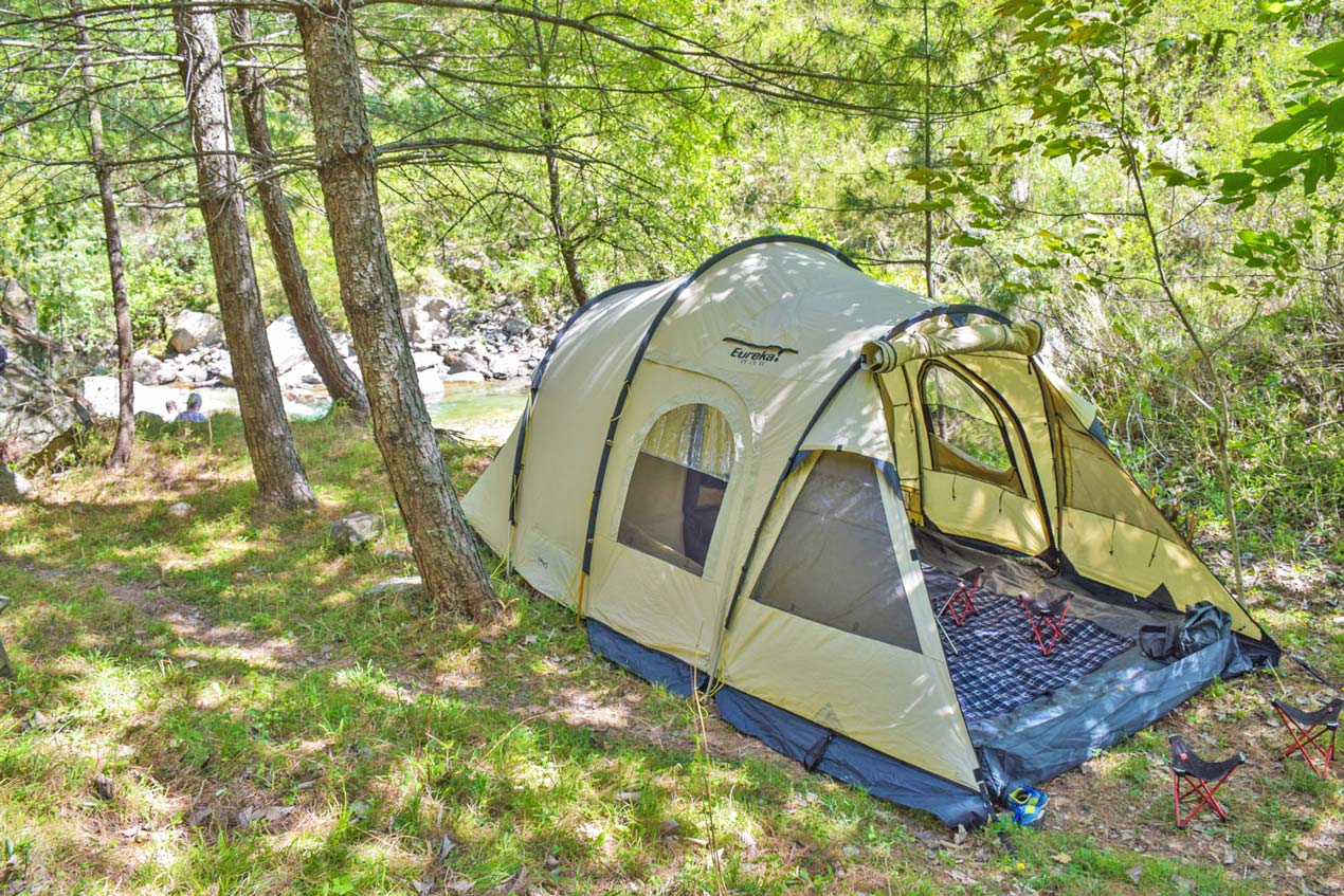 Camping equipment in the GHNP
