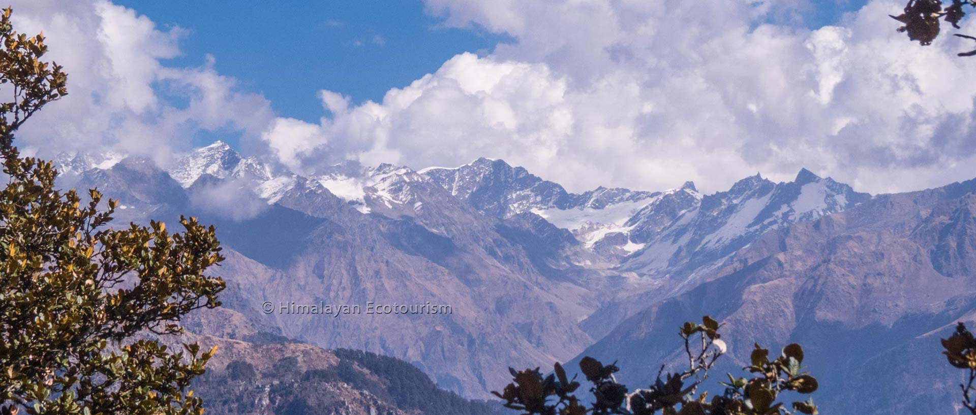 Trek in the Great Himalayan National Park GHNP - Tirthan valley