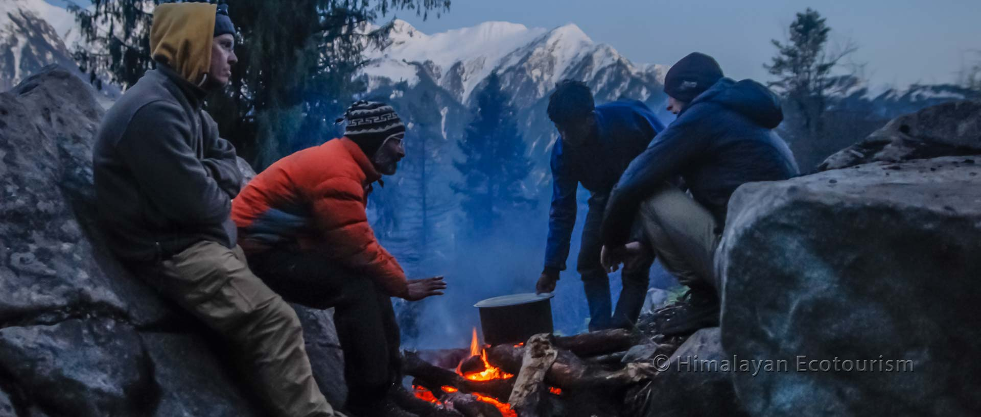 Shilt trek in the Great Himalayan National Park GHNP - campfire
