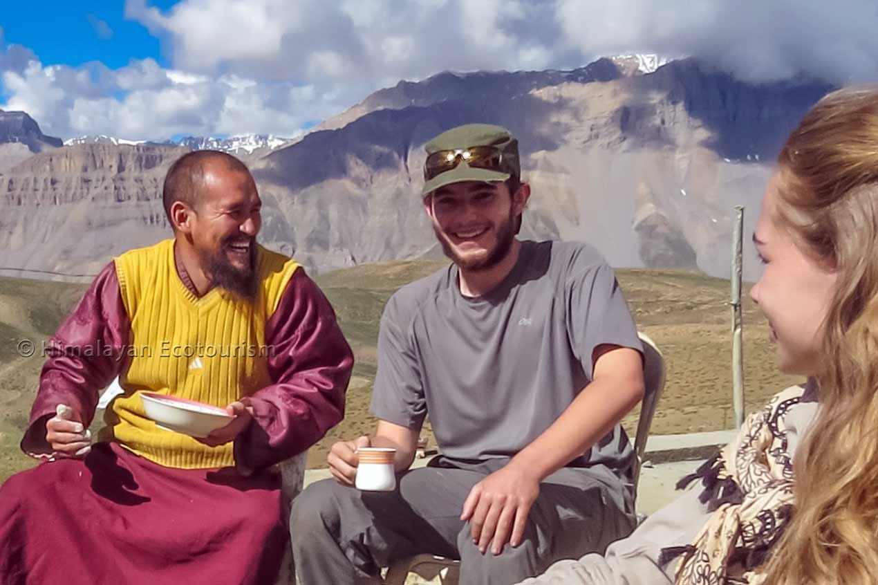 Moines bouddhistes à Spiti