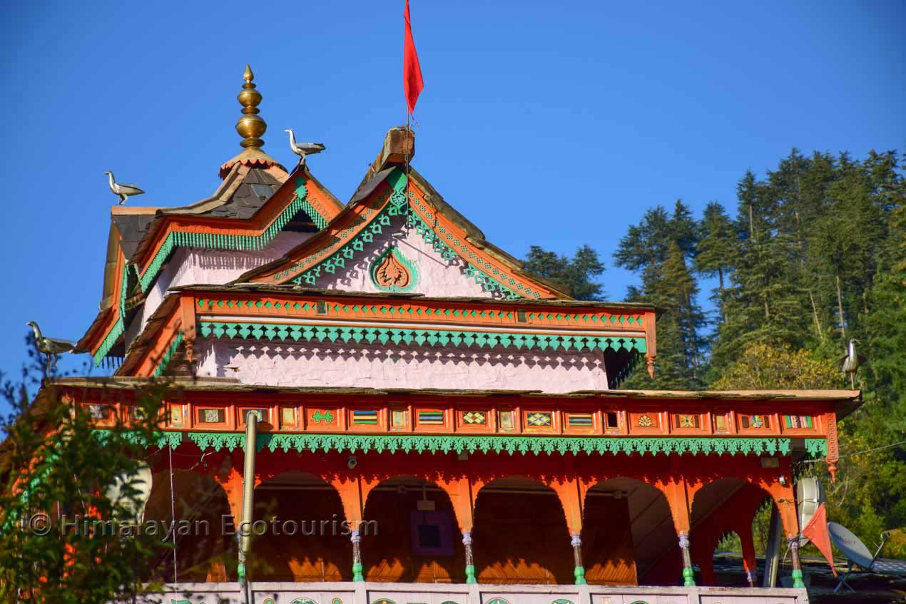 Beautiful temples in the Tirthan valley